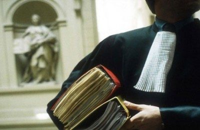 Un avocat pour les besoins de la famille